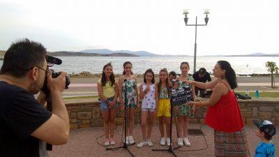 Τα παιδιά της Λήμνου τραγουδούν Hakuna Matata στο ABC